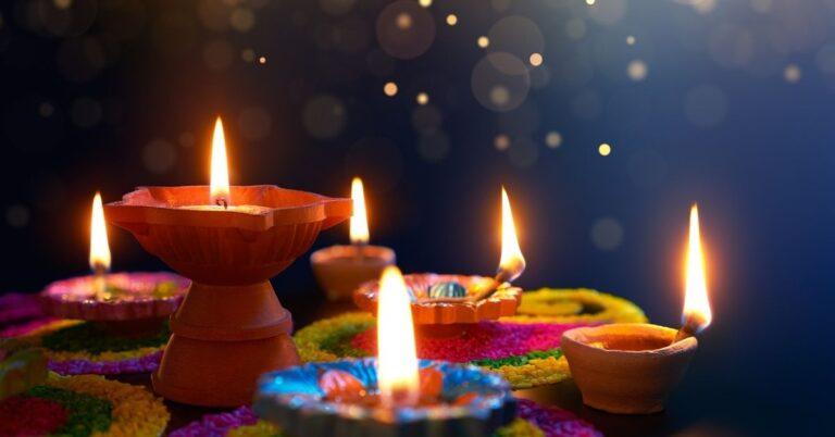 दीपावली क्या सिखाती है बच्चों को -Values to inculcate in children this Diwali in Hindi