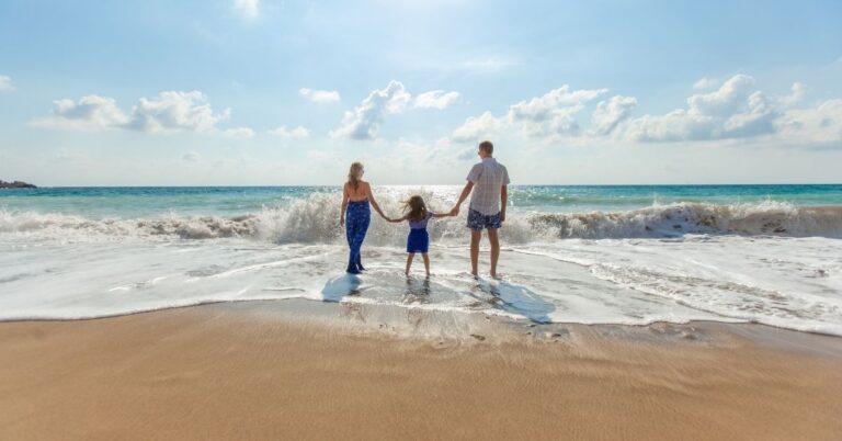क्यों जरूरी है बच्चों के लिए परिवार के साथ घूमना-फिरना