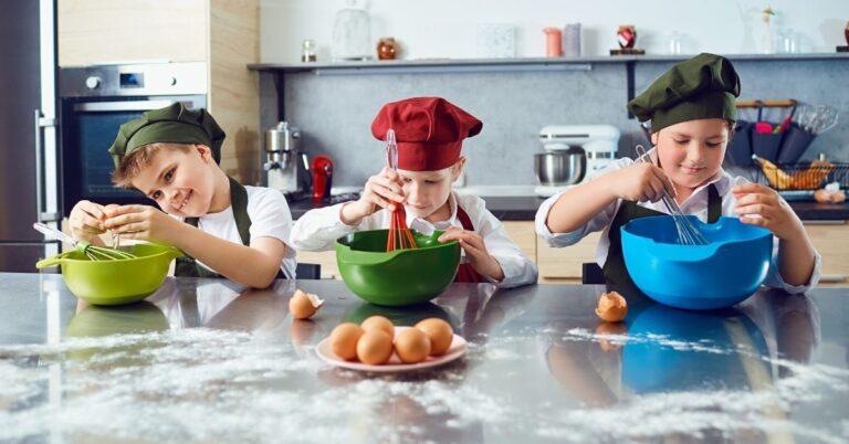 बच्चों के लिए सर्दियों की बेहतरीन इंडोर एक्टिविटीज