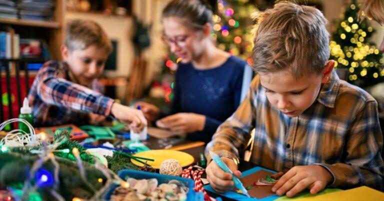 Santa Paper Chain Crafts