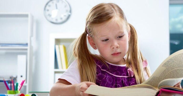 अपने बच्चों के सामान्य ज्ञान(General Knowledge) को कैसे बढ़ाएं